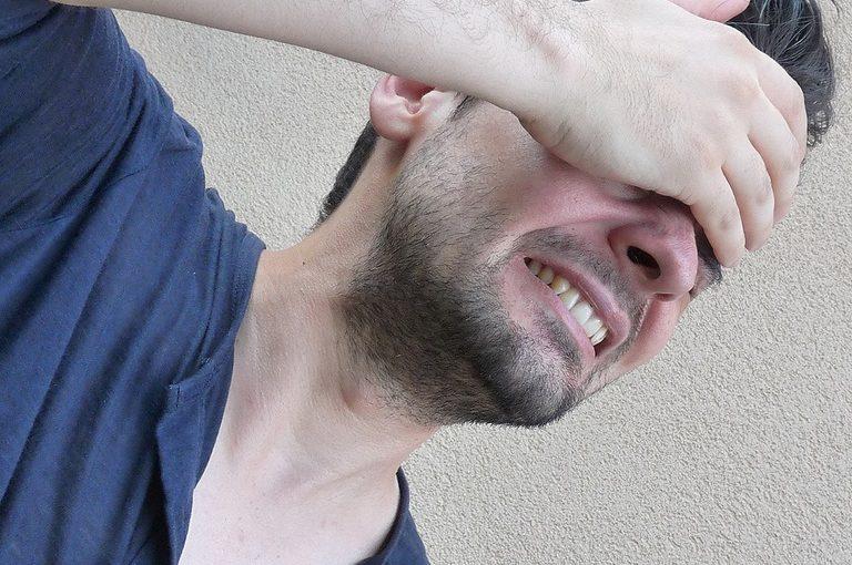 Может ли удаление зубов мудрости вызвать головную боль?