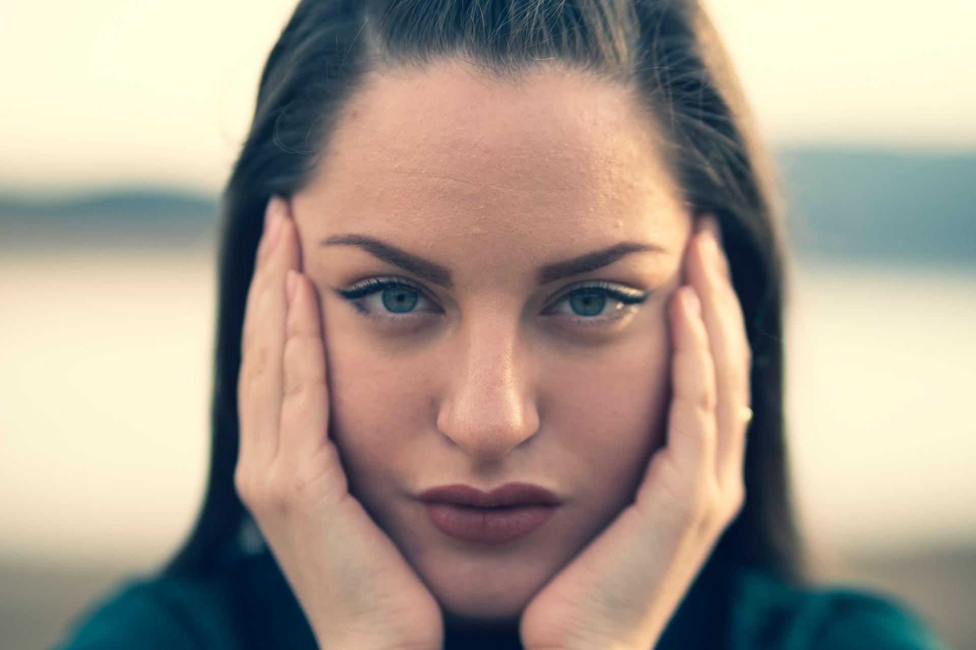 Что может вызвать боль в висках